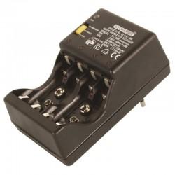 Chargeur/dechargeur de 1 a 4 piles NiMH/NiCd